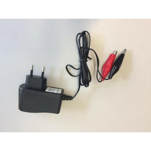 Akkumulátor töltő 12V zárt savas akkumulátorhoz töltőáram 1A