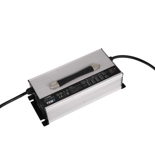 Akkumulátor töltő 15S 38A 48V litium vasfoszfát akkuhoz