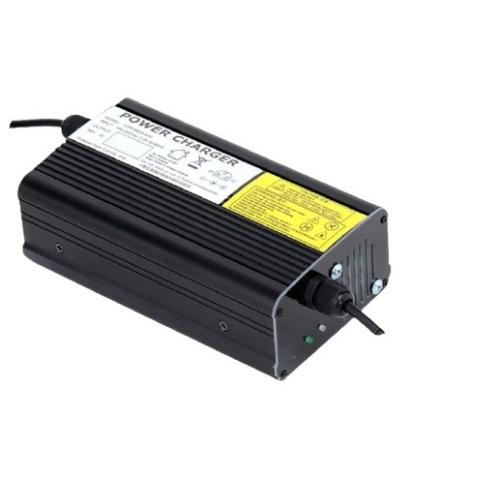 Akkumulátor töltő 4S 20A lítium vasfoszfát LiFePO4 12,8V akkumulátorhoz