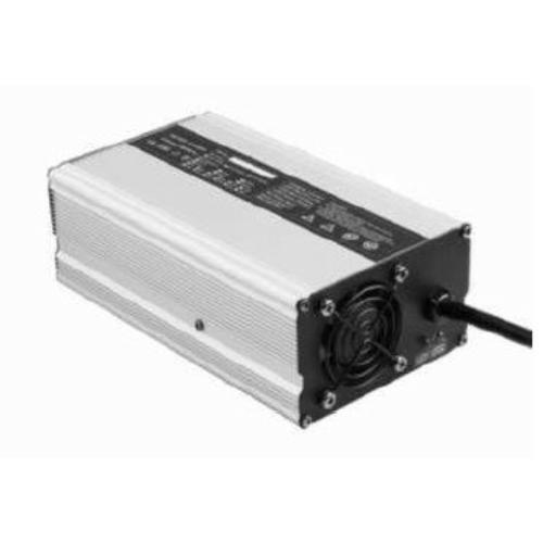 Akkumulátor töltő 8S 25A lítium vasfoszfát LiFePO4 25,6V akkuhoz